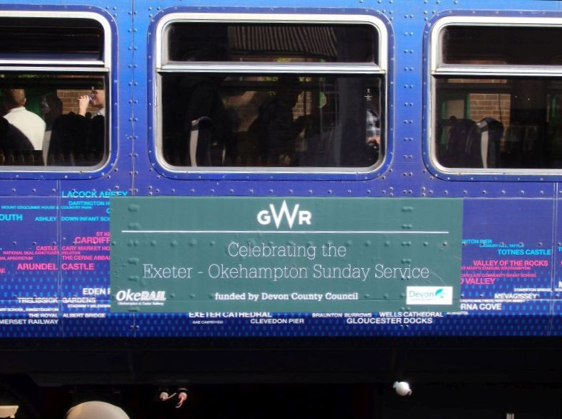 GWR's smart new Sunday Rover vinyls on 153377