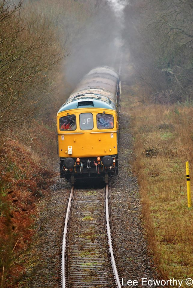 33035 approaching Sampford Courtenay