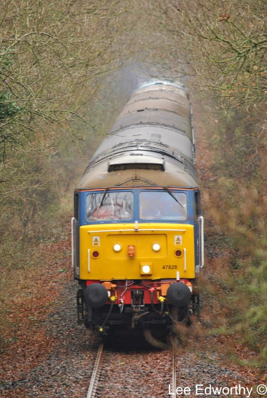47828 approaching Butsford/Horwell Bridge (577)