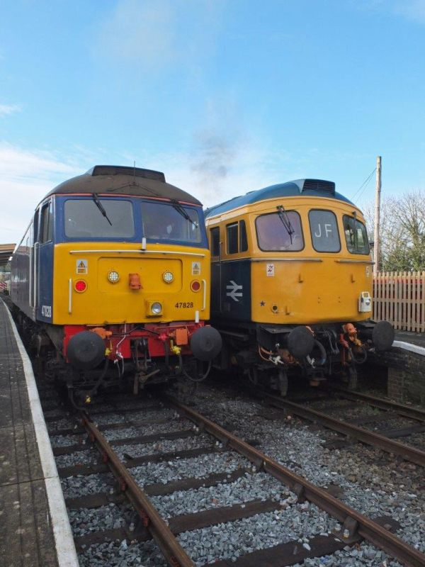47828 and 33035 at Okehampton during the Sulzer Weekend