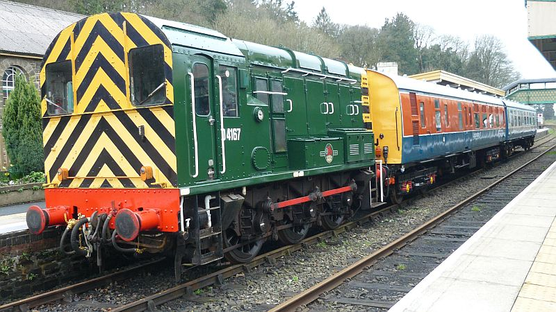 D4167, Lab11 and 61743 at Okehampton